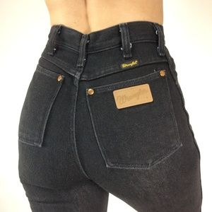 VINTAGE Black Lady's Wranglers Jeans High Waisted
